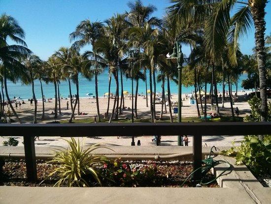 Hyatt Regency Waikiki Resort & Spa: view from breakfast @ Shore