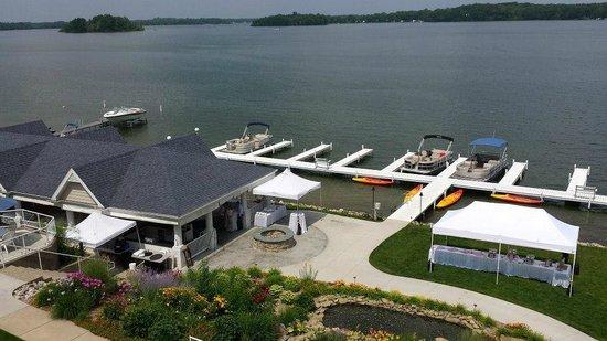 Bay Pointe Inn & Restaurant: Deluxe Sutie View (301)