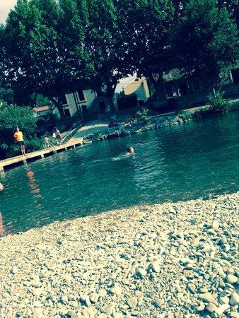 La Souqueto : Swimming in nearby lake