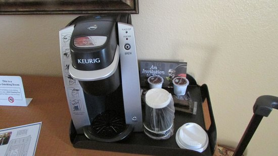 Red Lion Hotel Orlando - Kissimmee Maingate: Coffee maker