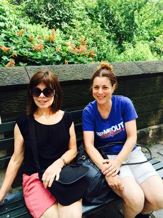 Real New York Tours: Mom and Mindy