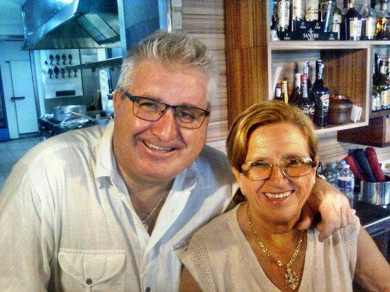 Meson El Refugio: Owner/ Management El Refugo Dna Leonor & Don Antonio