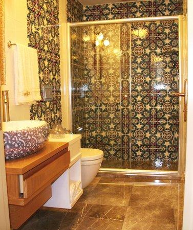 C&H Hotels: BANYO