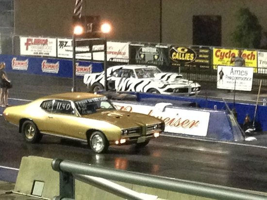 Norwalk, OH: Drag racing at the Pontiac Nationals 2014