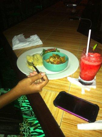 Bottles & Chimney Bar & Restaurant: The yummy medley ❤️