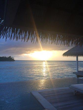 COMO Maalifushi, The Maldives : Overwater Villa at sunset