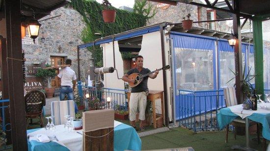 Katafygio: Musique greque pour le repas en amoureux