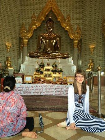 Rembrandt Hotel Bangkok : wat tramit