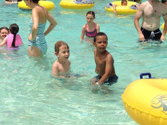 Arizona Grand Resort & Spa : Owen and Gabriel