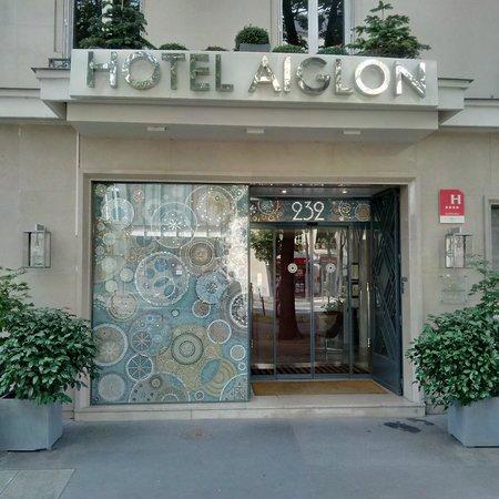 Hotel Aiglon - Esprit de France: Hotel front