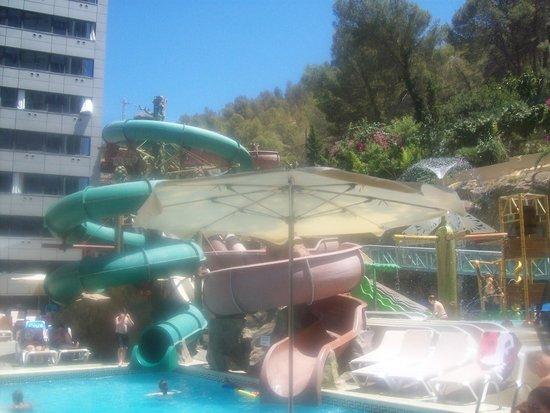 Magic Aqua Rock Gardens: The Slides
