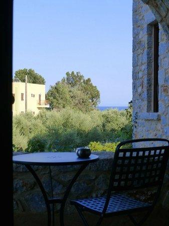 Castello Antico Beach Hotel: Vue depuis l'intérieur de notre chambre