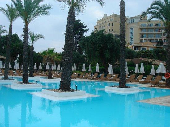 Grecotel Eva Palace: Pool area