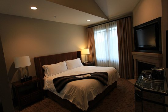 Waldorf Astoria Park City: Large bedroom of the 1bd/2ba room