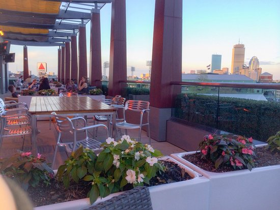Residence Inn by Marriott Boston Back Bay/Fenway: Rooftop Lounge