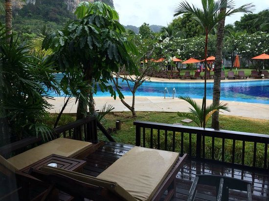Aonang Villa Resort : pool facing deluxe room view (ground level) #4102