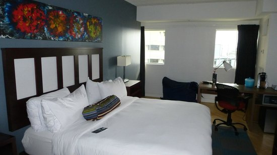 Aloft Nashville West End: Room
