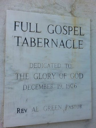 Full Gospel Tabernacle: entrance sign