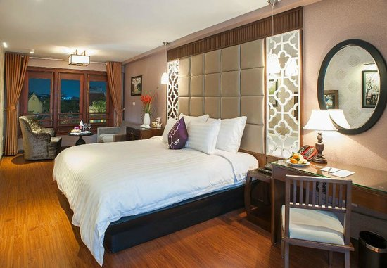 Church Boutique Hotel 49 Lan Ong: Room 201