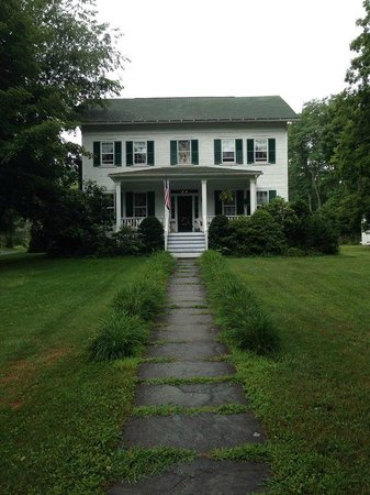 1870 Roebling Inn on the Delaware : The house - great porch!