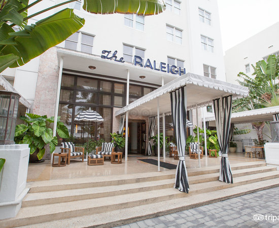 Photo of Hotel The Raleigh Miami Beach at 1775 Collins Avenue, Miami Beach, FL 33139, United States