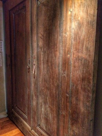 Exhale Spa : gorgeous doors inside