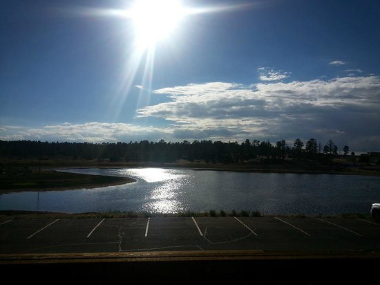 BEST WESTERN PLUS Ruby's Inn: The Lake as viewed from our motel room
