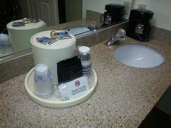 Best Western Plus Ruby's Inn: Bathroom amenities