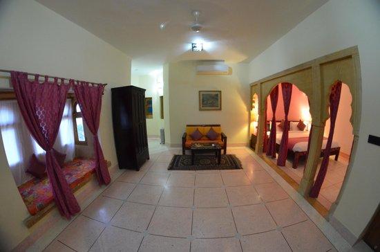 The Gulaal : Maharani Suite