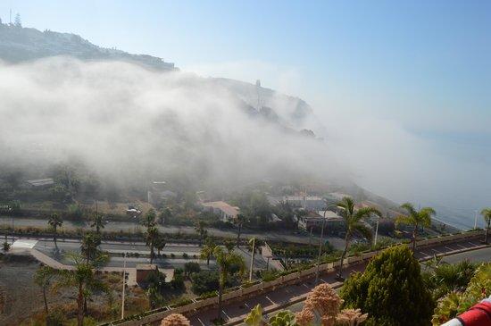Playacalida Spa Hotel: nebulosa desde la habitación