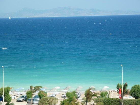 Amathus Elite Suites: view of the beach