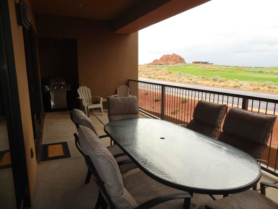 The Villas At Sand Hollow: #203 patio