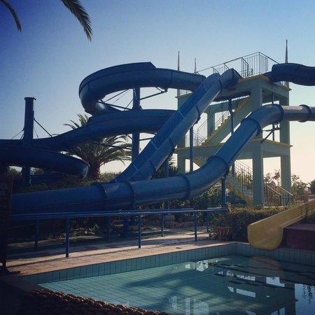 Sidari Water Park Hotel: Morning view at breakfast