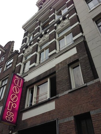 16 bed mixed dorm picture of bob 39 s youth hostel amsterdam tripadvisor. Black Bedroom Furniture Sets. Home Design Ideas
