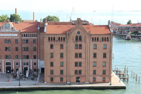 Residenza Grandi Vedute: View from the cruise ship