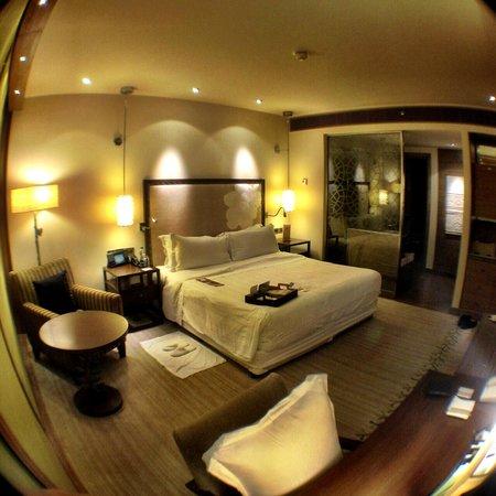 ITC Gardenia, Bengaluru: room