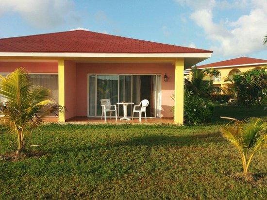 Memories Caribe Beach Resort: Mini suite