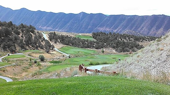 Lakota Canyon Golf Course: Not a bad view on the whole course!