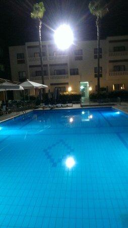 Damon Hotel Apartments: Love it!!!