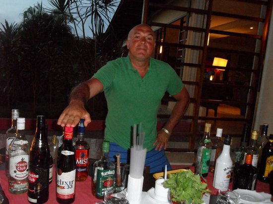 Memories Flamenco Beach Resort : what do you want to drink ?