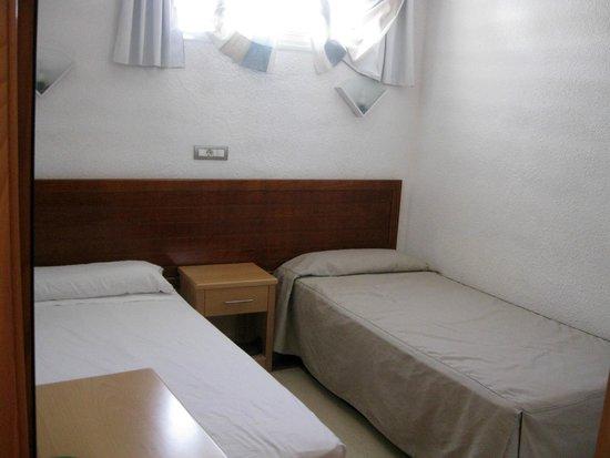 Aparthotel Buenos Aires : Dormitorio