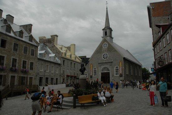Place Royale : Square view