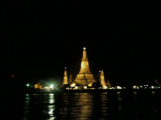 Wat Arun (Tempel der Morgenröte): At night