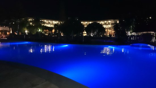H10 Lanzarote Princess : Pool at night