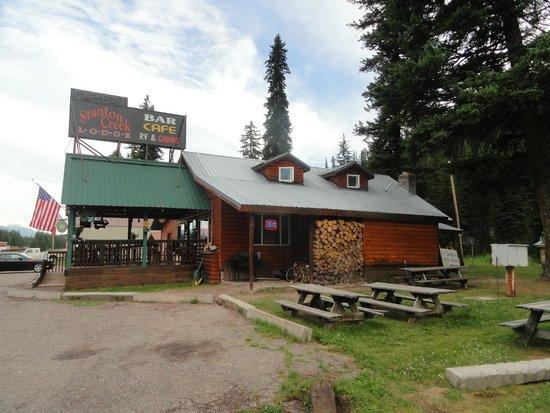 Stanton Creek Lodge: Restaurant and Bar
