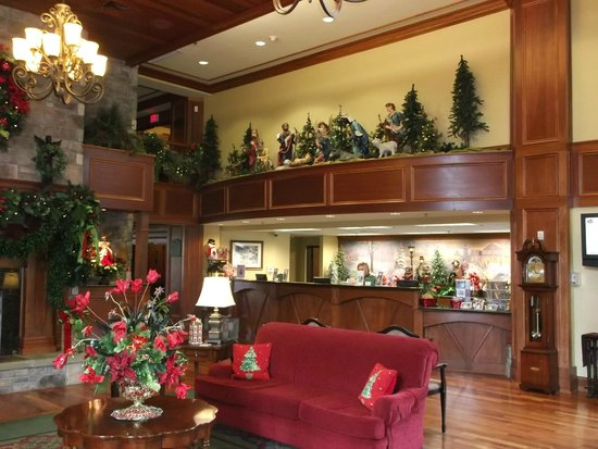 The Inn at Christmas Place: Check in area