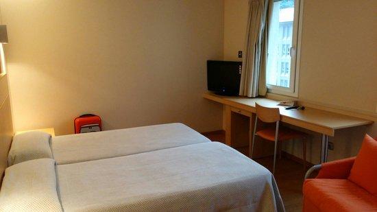 Hotel Espel : Dormitorio