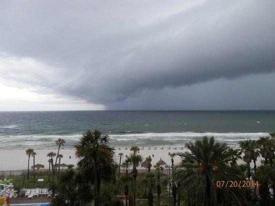 Holiday Inn Resort Panama City Beach: storm passing through