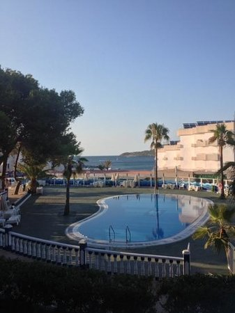 Hotel Playasol Riviera: view from hotel entrance