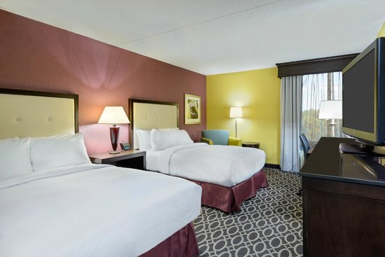 DoubleTree by Hilton Richmond-Midlothian: Plenty of space for weekend families, and the best sleep experience of any brand!